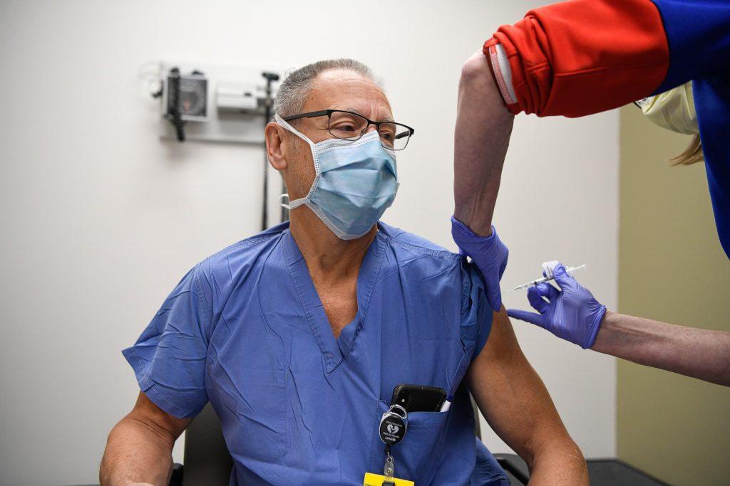 20201218 CV Vaccine Clinic-857846